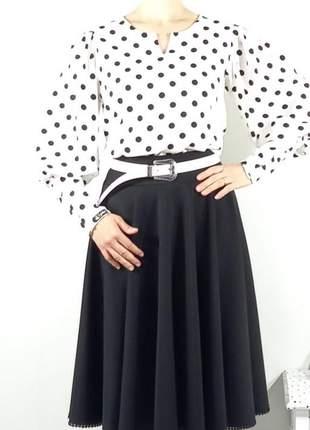 Blusa feminina poá manga bufante botões moda evangelica