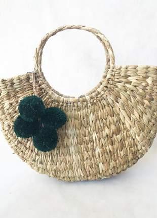 Bolsa de palha meia lua pompom verde musgo