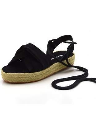 Sandália rasteira flat form preto amarrar na perna