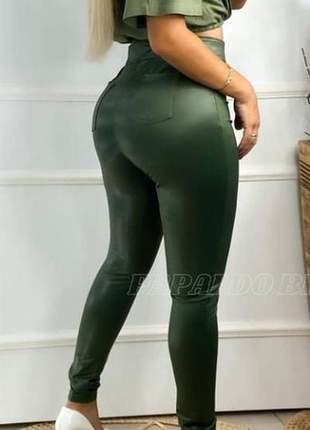 Calça legging feminina couro cirré hot pants com bolso cfc-921