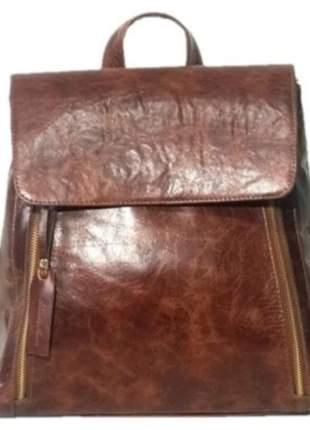 Bolsa mochila de couro legítimo, cor havana - para usar como bolsa de mão ou mochila.