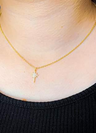 Colar estrela cadente cravejada de zircônias cristais com um ano de garantia