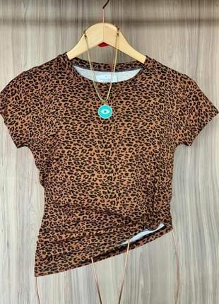 Blusa feminina tshirt estampa onça tecido viscolaycra manga curta lançamento.