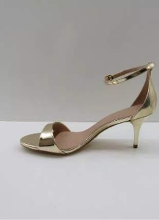 Sandália cecconello glam dourado, salto médio confortável 35/36/37/38