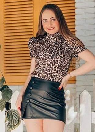 Short saia de corino, disponível também p,m g, cor preto