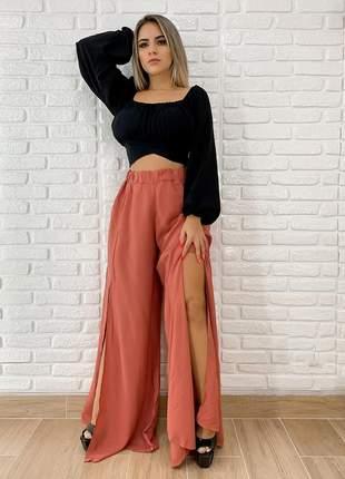 Calça pantalona com fendas laterais estilo flare + brinde99