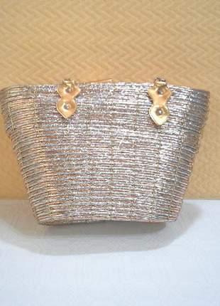 Bolsa de palha prateada dourada