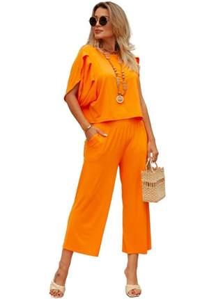 Elegante conjunto de calça pantacourt cós largo e blusa com pregas viscolycra