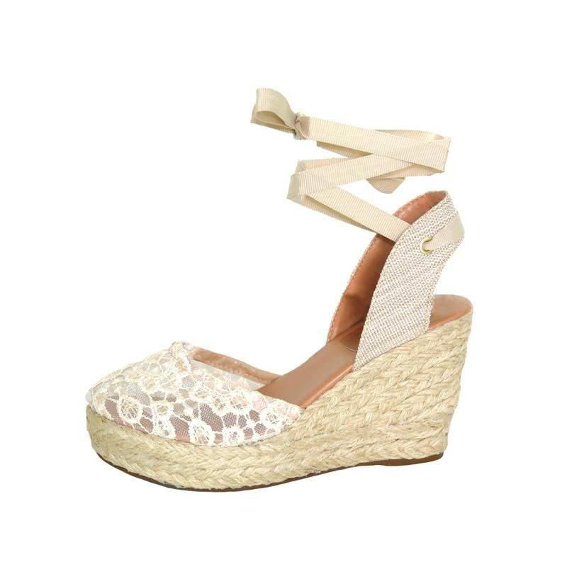 ce71d2342f Sandália infinity shoes anabela crú - R  169.90 (plataforma ...