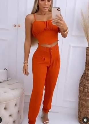 Conjunto cropped  e  calça moda feminina social