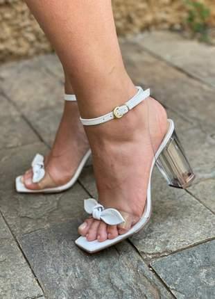 Sandalia transparente salto cristal