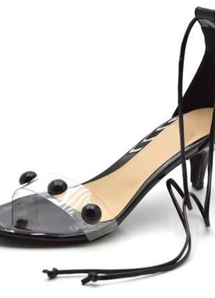 Sandália feminina salto baixo fino com meia bola em napa verniz preto