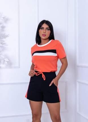 Conjunto de shorts e blusa  de malha crepe