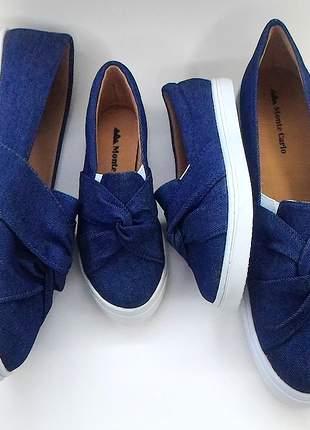 Sapatenis slip on feminino jeans azul escuro com laço