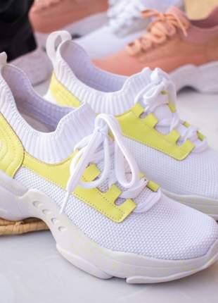 Tênis feminino sola pintada branco lemon