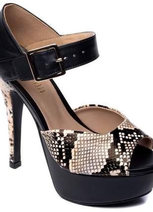 Sandália feminina salto fino meia pata