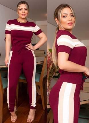 Conjunto feminino de blusa e calça de malha crepe marsala