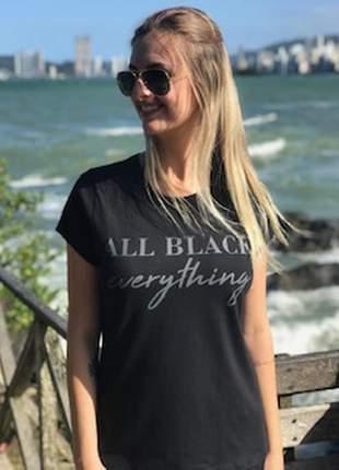 T-shirts all-black