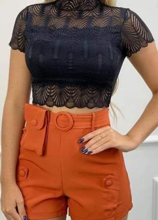 Cropped feminino de gola alta de renda manga curta com bojo moda