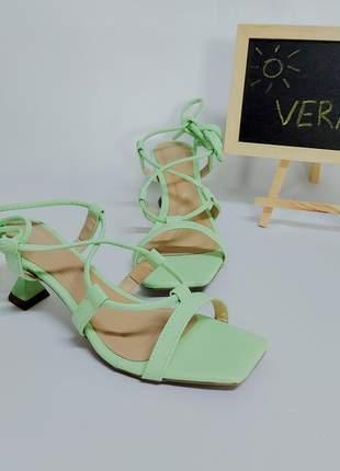 Sandália feminina salto taça verde lima