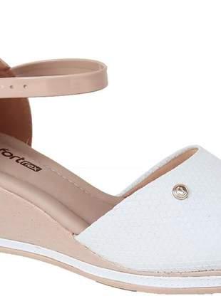 Sandália anabela casual leve conforto  feminina branco/nude comfortflex 2159404