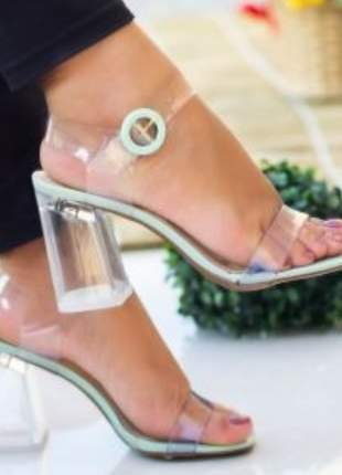 Sandália verde alecrim salto grosso transparente translúcida