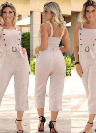 Macacão social moda feminina com botões boca larga