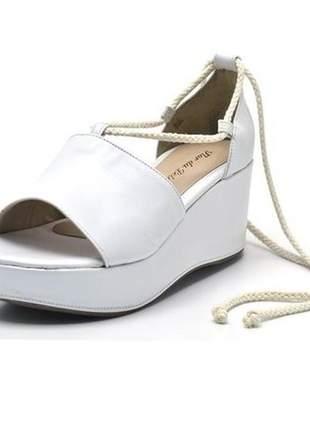 Sandália espadrille anabela salto médio em napa branca