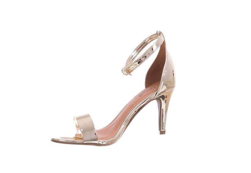 179e9dbc2 Sandália salto fino butique de sapatos dourado - R$ 115.00 #12860 ...