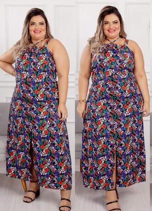 Vestido estampado plus size alças largas e fenda