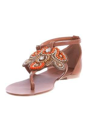 Sandália rasteira butique de sapatos caramelo com pedraria