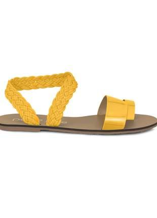 Sandália Rasteira Petite Jolie Corda Verniz Amarelo PJ3614