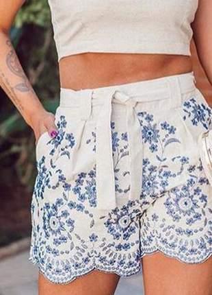Liquida! shorts bordado de 129,90 por 89,90