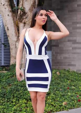 Vestido babado fenda moda feminina blogueira