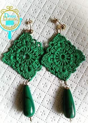 Brinco de crochê verde