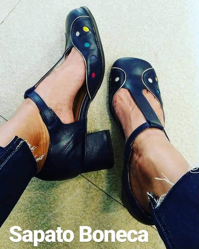 3c27ddded3 Sapato feminino boneca de couro azul marinho dali shoes - R  149.00 ...