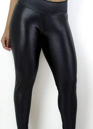 Calça de couro sintético ou ecológico preta - legging cirrê #blackfriday