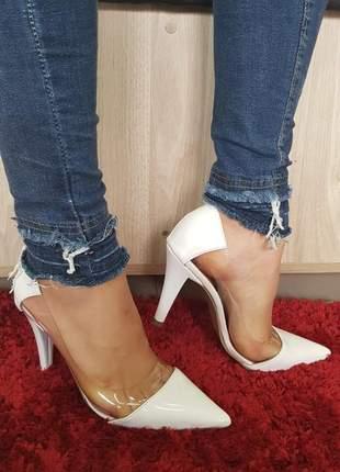 Sapato scarpin sobressalto branco transparente