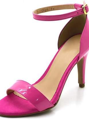 Sandália feminina social salto alto fino em napa verniz rosa