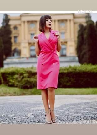 Vestido alfaiataria com botões pink