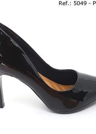 Sapato feminino scarpin sobressalto salto alto verniz preto