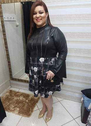 Vestido plus size em cirre