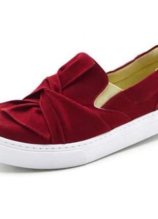 Tênis sapatilha feminino slip on com laço em nobucado vermelho