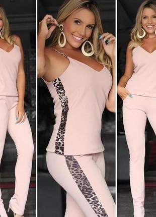 Conjunto de calça é blusa detalhe de oncinha tendência