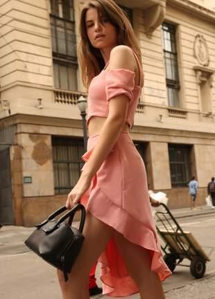Conjunto cropped e saia crepe rosa