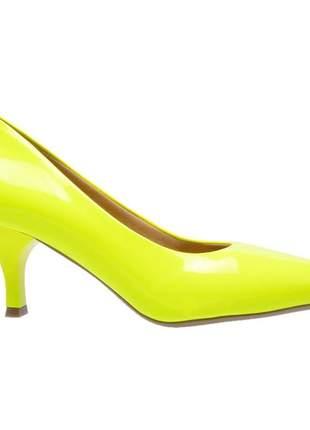 Sapato social feminino scarpin amarelo neon salto baixo fino