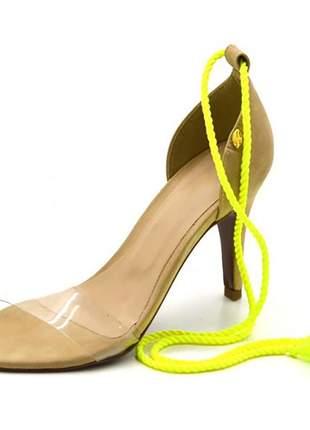 Sandália feminina social salto alto  nude com corda amarelo neon