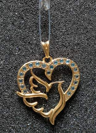 Pingente banhado a ouro de coração com zirconia azul