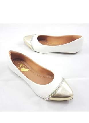 Sapatilha péz descalços verniz branca ponta dourada com strass