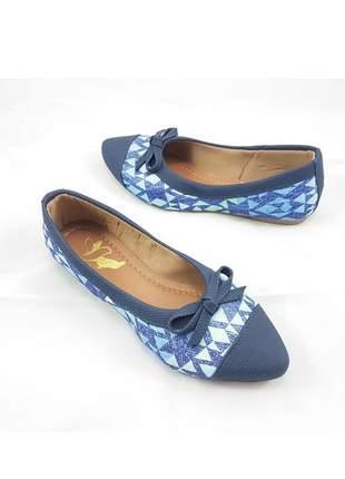 Sapatilha péz descalços estampa geométrica ponta azul